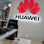 Huawei khẳng định 'vô sự' trước lệnh cấm của Mỹ