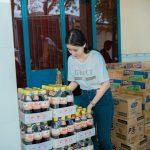 Quỳnh Anh Beauty giản dị đi làm từ thiện tại chùa Diệu Pháp